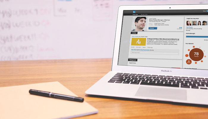 How to Use Your LinkedIn Profile to Find Clients